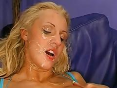 Deranged cumswallowing session concerning a cute blonde