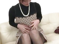 Saoris Lively Less Their way Vibrator On Their way MILF Pussy