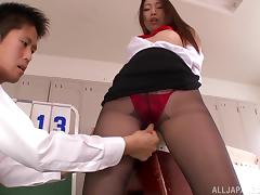 Natsume Inagaw gets her pussy fingered and fucked in the locker room
