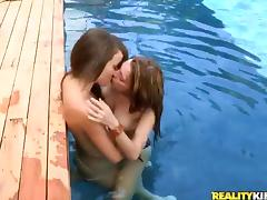 Poolside lesbian glory with some stunning babes