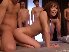 That's a damn hardcore gangbang in Japanese style