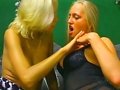 Two smoking hot blond sirens are licking each other