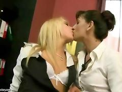 Mature boss loves her young secretaries pussy porn video