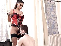 Brutal-FaceSitting Video: Latoya porn video