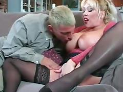 Tasty Kandi Cox Serves A Great Blowjob In The Living Room