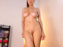 Alice show pussy and bigtits on webcam