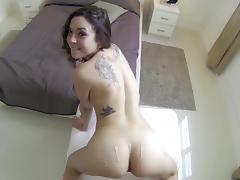 Scarlett Sawyer is sucking a big dick