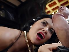 British chick Jasmine Jae bangs hard