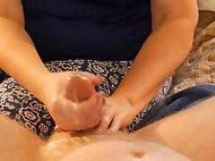 Wife gives Ballbusting Handjob