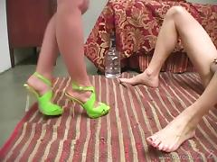 Goddess Veronica Jett Shares A Foot Fetish With A Man