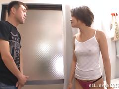 Magnificent Brunette Serves A Tasty Blowjob In A Bathroom
