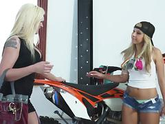 Yummy Leya Falcon And Carmen Caliente Go Hardcore With A Strapon