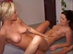 Amateur Lesbian Tribs Brunette