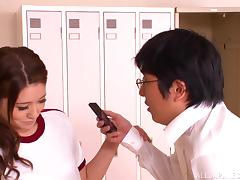 Stunning Mona Takei Serves A Tasty Blowjob In The Locker Room