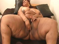Ebony plumper with big tits