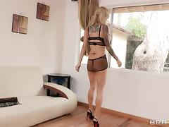 Sarah Jessie gets her pierced pussy licked and fucked indoors