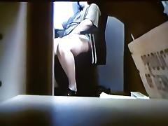 Lady masturbates sexy in voyeur film