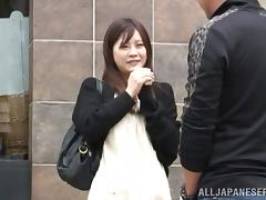 Titless Japanese milf gets her twat smashed in MMF clip