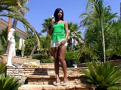 Hot Brunette Solo Model Ashley In An Outdoor Pussy Masturbation