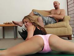 Blond milf Sheena Shaw gets her bumhole fucked deep