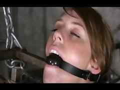 Not submissive girl in bdsm shooting is unable to cum