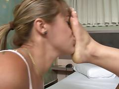 Cristine's First Foot Domination 1