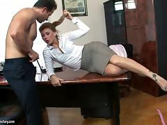 Elegant cougar enjoying her pussy being licked before getting drilled hardcore in the office